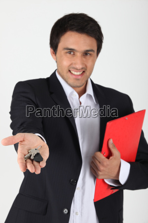 estate agent with doorkeys