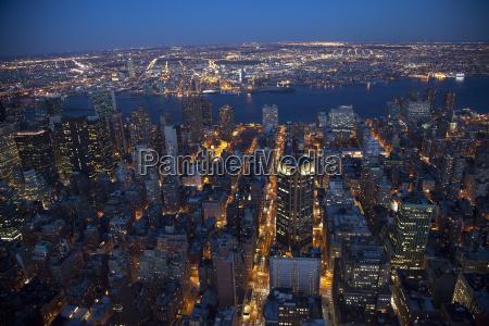 new york city skyline east river