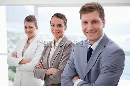 buero diskussion arbeitsstelle arbeitsplatz kommunikation stehend
