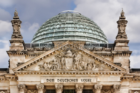 reichstag dachkuppel berlin deutschland