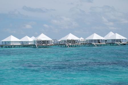 water bungalow maldives