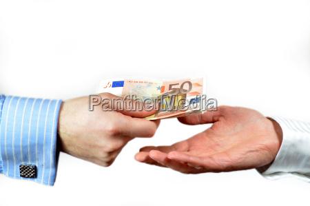 hand geben 50 euro rechnung an