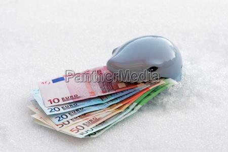 den euro auf eis legen