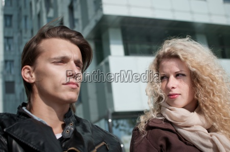 relationship problems couple outdoor