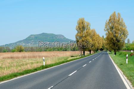 verkehr verkehrswesen asphalt ungarn transportwesen landschaftsbild