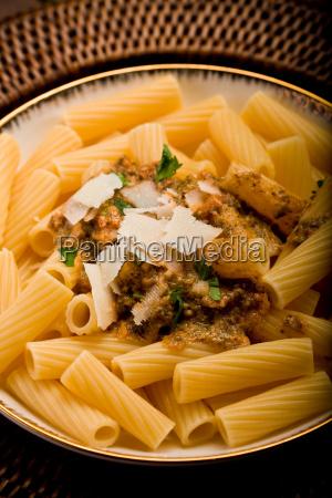 pasta mit pesto sizilianischen
