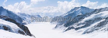 grossen aletschgletscher jungfrau alpen schweiz