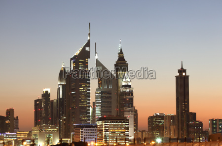 dubai downtown skyline at night