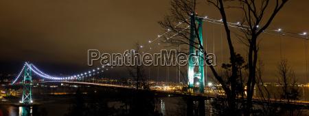 lions gate bridge in vancouver bc