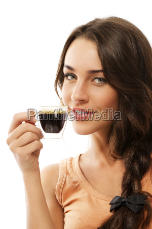 laechelnde frau mit einer tasse espresso