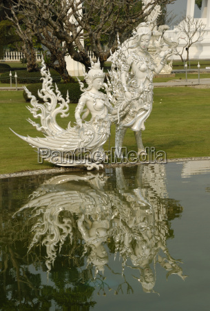 skulpturen am wat rong khun in