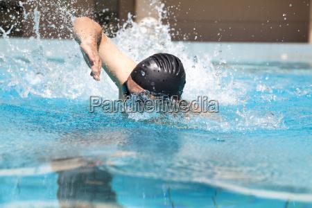 schwimmen mit freestyle