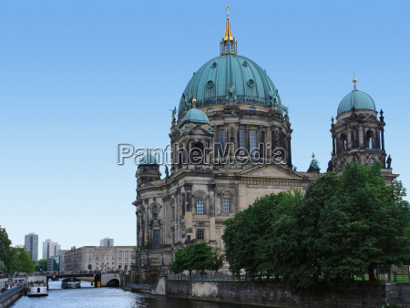 berlin cathedral at summer time