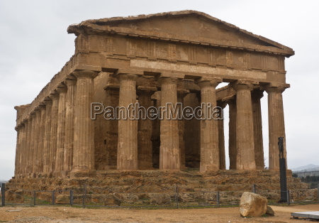 tempel kunst beruehmt baum statue antik