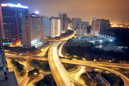 stadt verkehr verkehrswesen nacht nachtzeit auto