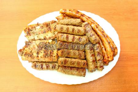 essen nahrungsmittel lebensmittel nahrung teller bratwurst