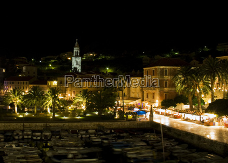 hvar by night