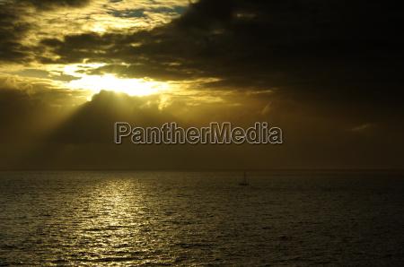 sonnenuntergang abendrot schottland segelyacht segelboot kahn