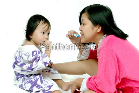 zahnpasta hygiene zahnbuerste zicklein gesundheitspflege kind