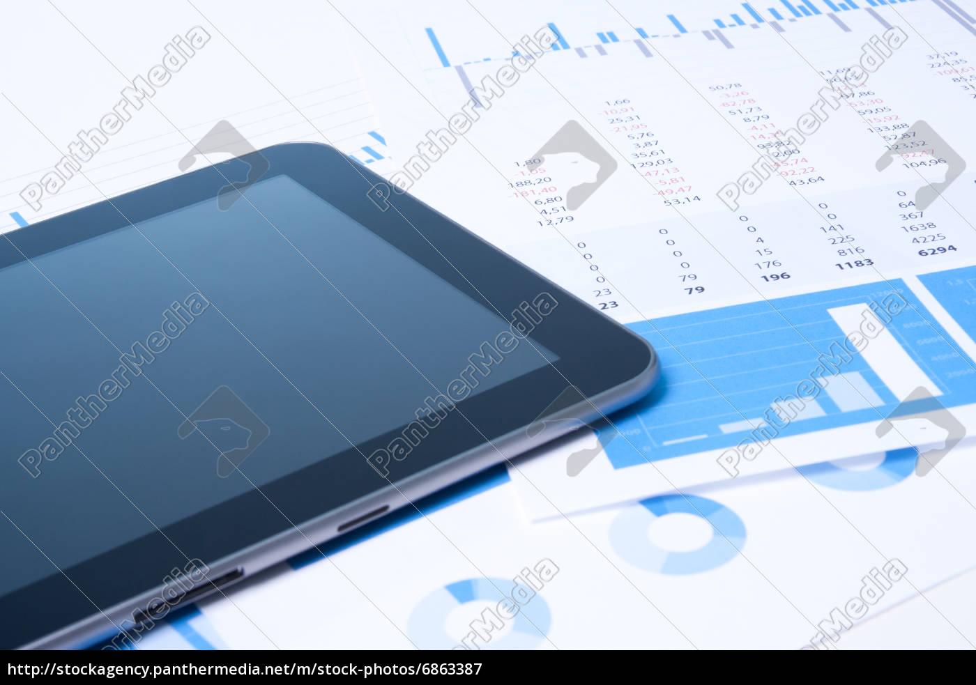Moderne Business Analyse Mit Tablet Lizenzfreies Bild 6863387