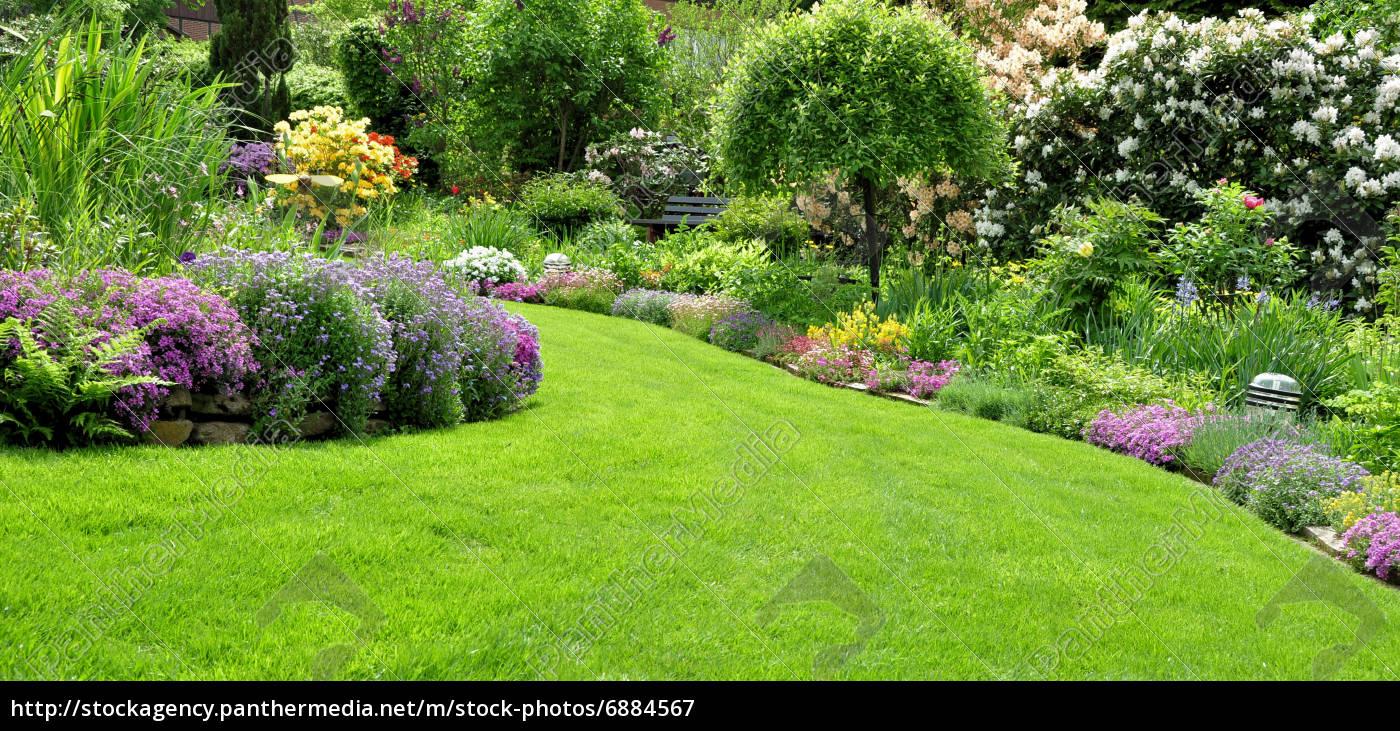 Schöner Garten Im Frühling