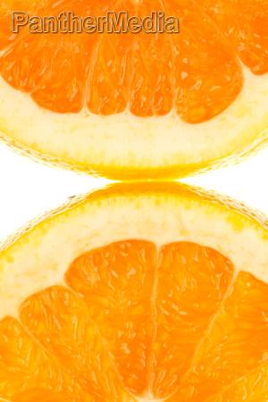makroaufnahme zwei halber orangenscheibe