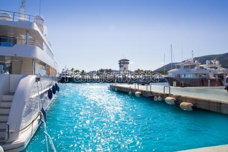 calvia puerto portals nous luxus yachten
