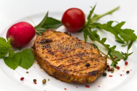 grill nackensteak schweinesteak schnitzel schweinefleisch schweinebraten