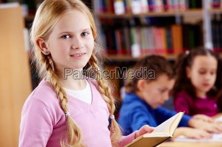 junger leser