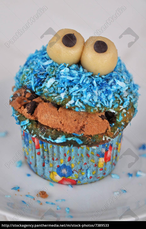lizenzfreies bild 7389533 monster muffins