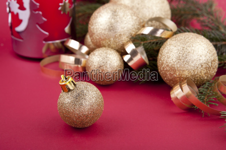christmas decoration with gold balls and