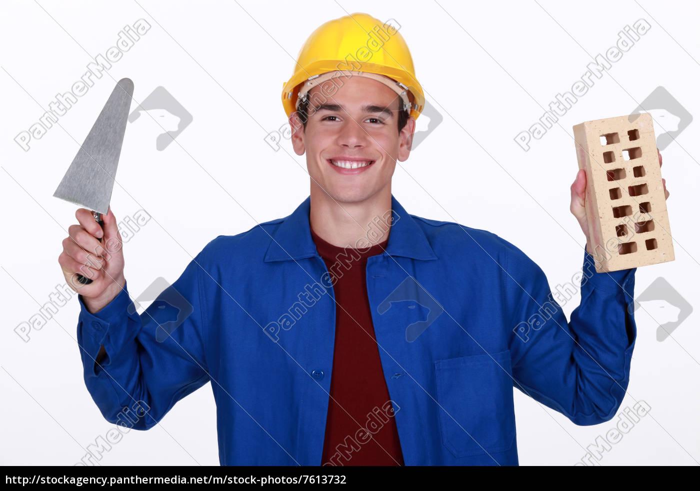 handwerker, hält, ein, backstein, und, eine - 7613732
