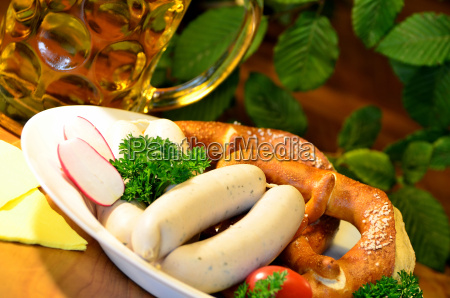 bavarian snack with white sausages and