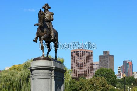 george washington statue in boston common