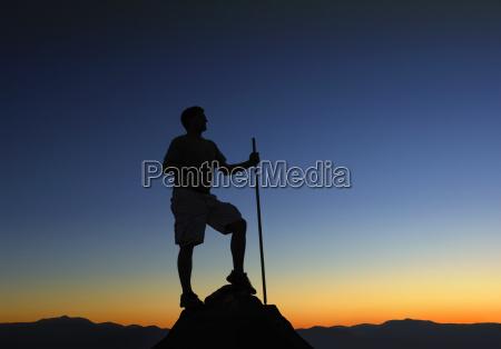 bergspitze sonnenaufgang