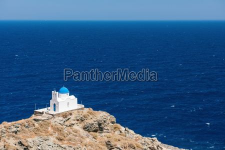 the chapel of 7 martyrs sifnos