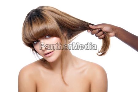 schoenheit mit starken haar