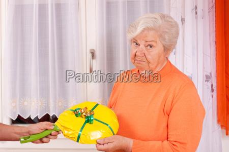 senior gets bad chosen gift