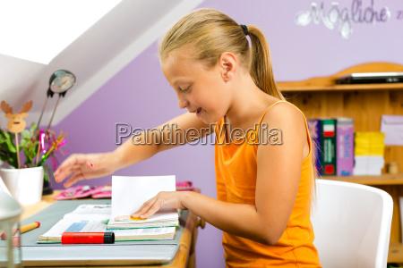 family child does homework