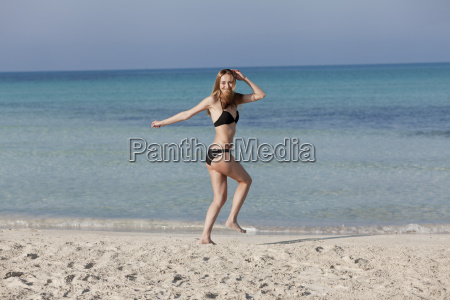 woman with bikini in the sea