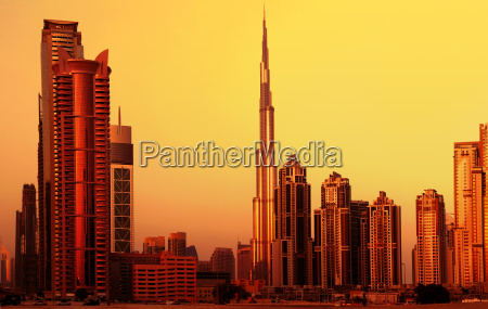dubai downtown on sunset