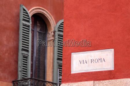 strassenschild via roma