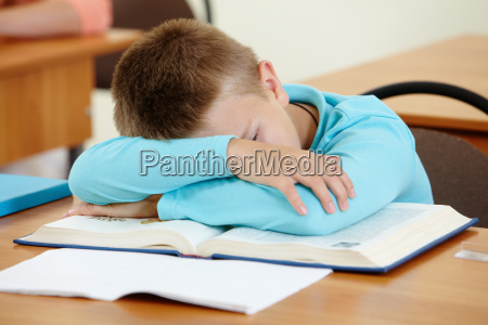 schlafen bei der lektion