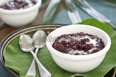 rice pudding with coconut milk thais