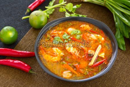 thai, sour, und, würzige, garnelensuppe, [tomyum - 8111570