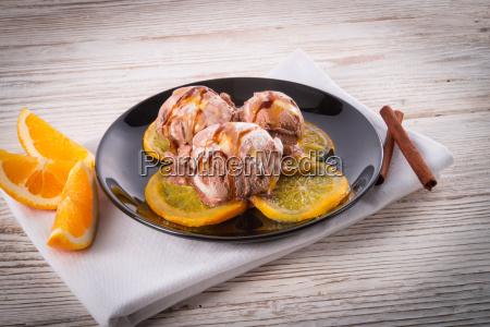 chocolate vanilla with roasted ones orange