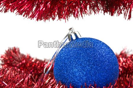 weihnachtsinsel und blaue kugel