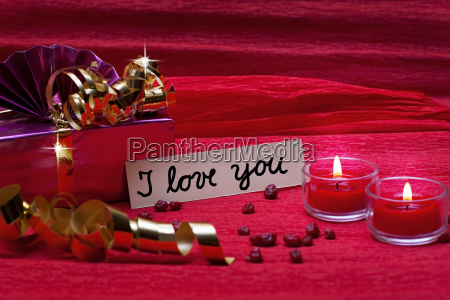 romantic red background with shield i