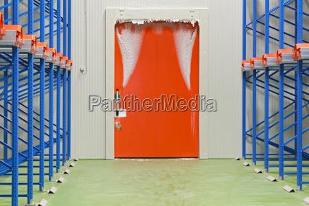warehouse kuehlschranktuer