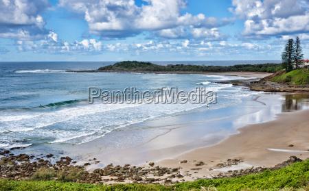 beach at yamba